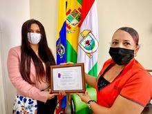La Fundación Social abriendo puertas del municipio de Puerto Tejada entregó placa de reconocimiento al Alcalde Municipal Dagoberto Domínguez Caicedo, y a la Secretaria de Gestión Social y Desarrollo Comunitario; Rosa María Gómez.