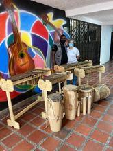 Dotación de instrumentos musicales de parte del Ministerio de Cultura